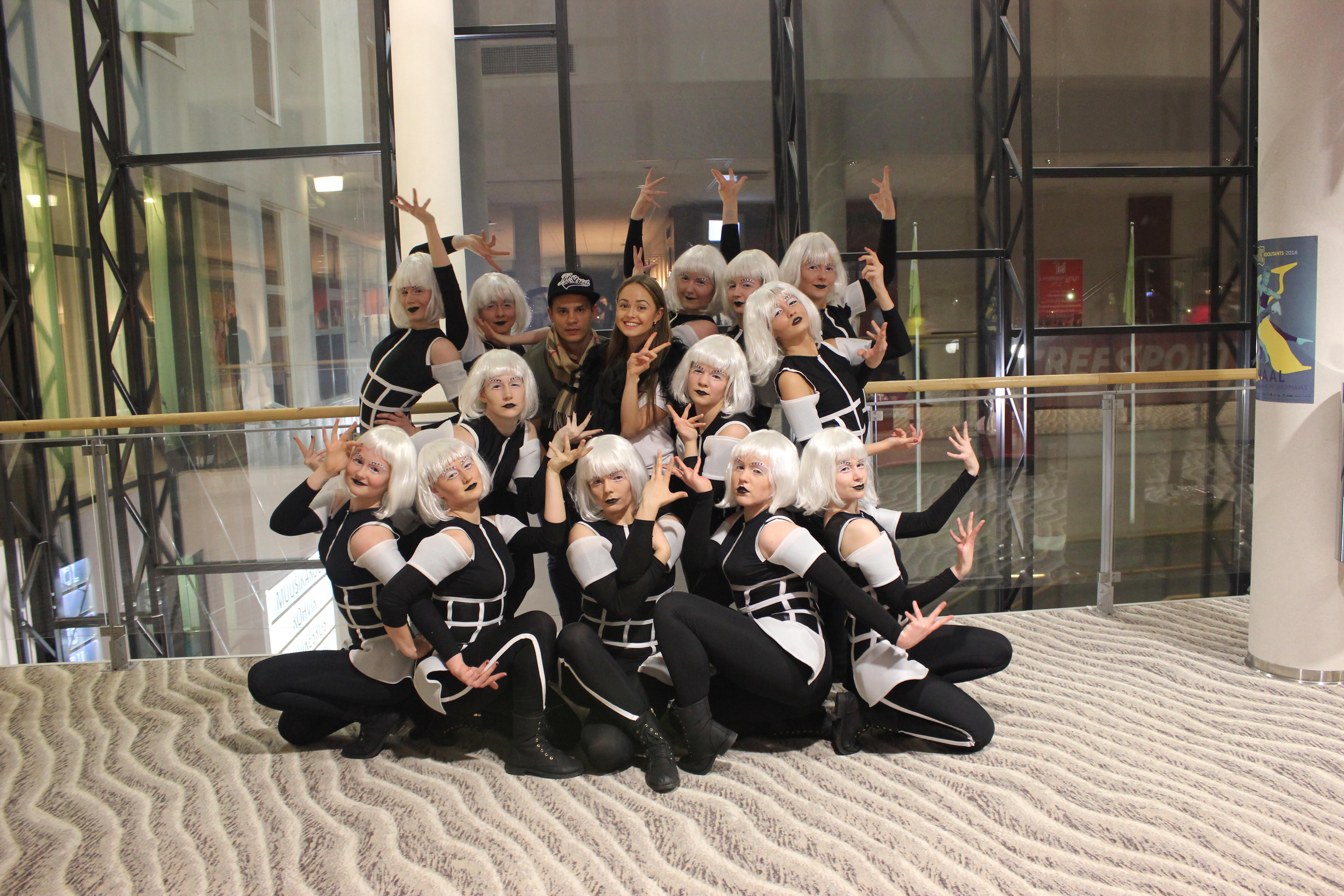 7169a900799 JJ-Street Tantsukool pälvis Koolitantsul häid tulemusi!